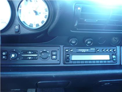 Porsche 993 Turbo LHD radio