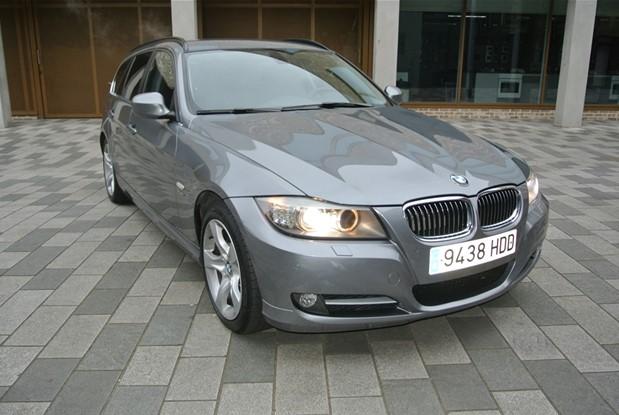 BMW 2011 325i AUTO TOURING X DRIVE EDITION
