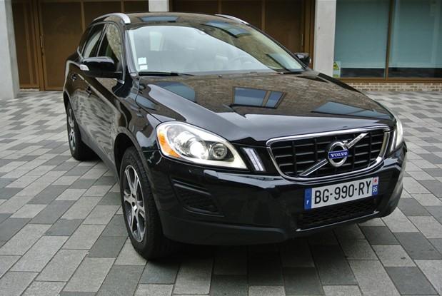 Volvo 2011 XC60 2.4 D5 AWD AUTO SUMMUM