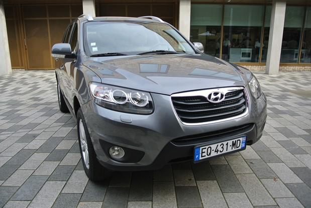 Hyundai - 2012 santa fe 2.4 manual 7 seater petrol