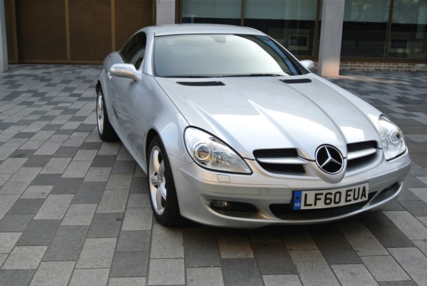 Mercedes Benz - SLK200 KOMPRESSOR 6 SPEED MANUAL