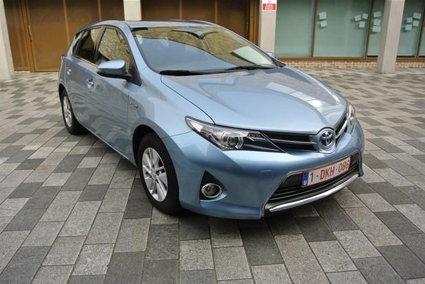 Toyota - 2013 AURIS 1.8 VVTI HYBRID ICON 5 DR CVT AUTO